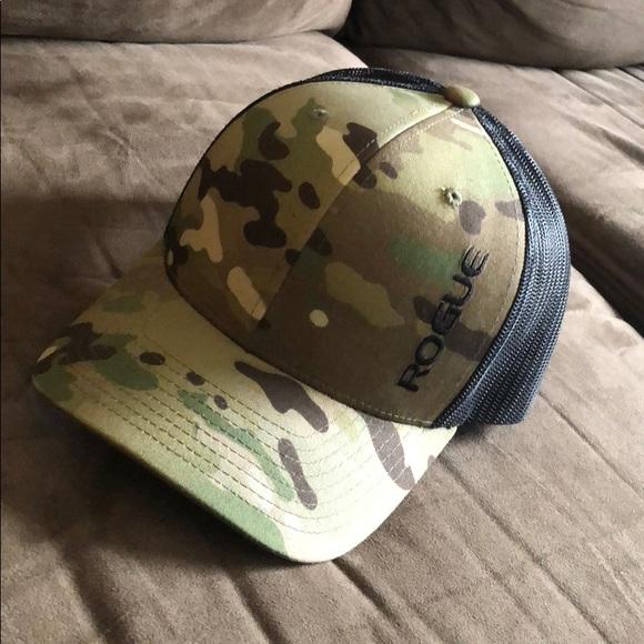 d290e905d47e4 Rogue fitness hat. Multicam. M 5c0800af3c9844d3364c419f